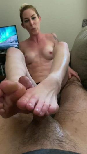 First Foot Job Ever! OC